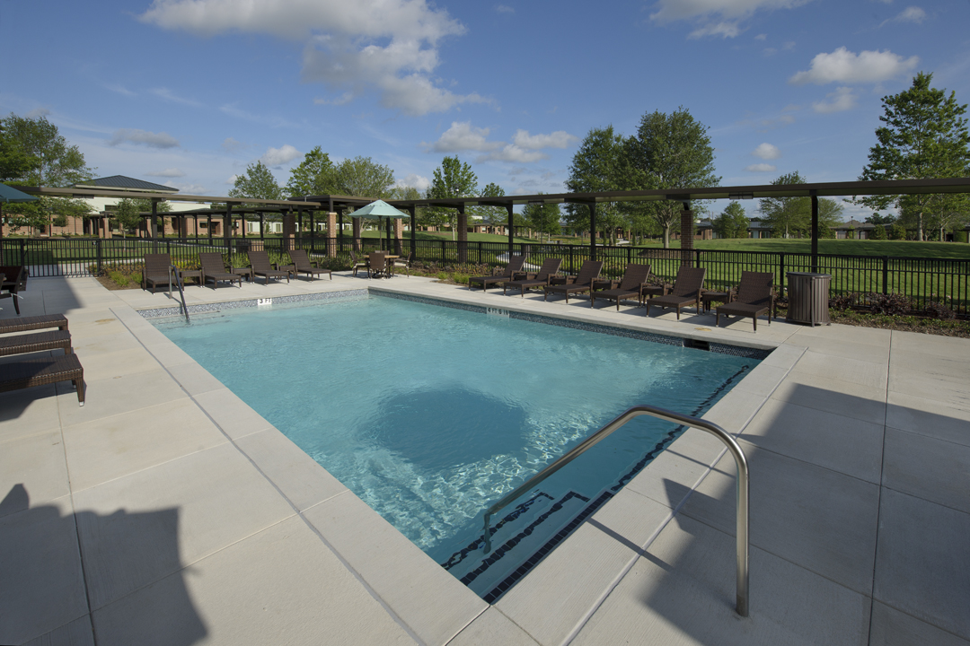 saltwater-pool-Menninger-Houston